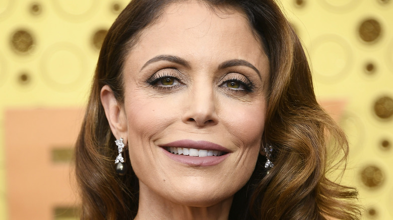 close up of Bethenny Frankel with wavy hair