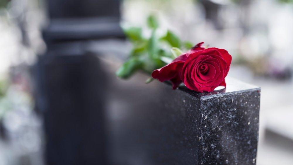 rose on a gravestone