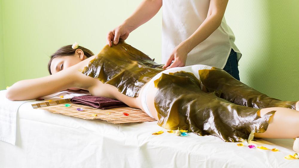 Seaweed wrap spa